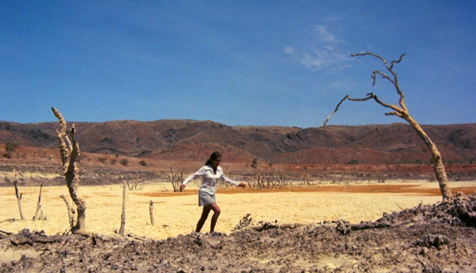 ¿Ultima peli que habeis visto? - Página 93 Walkabout_1971-Nicolas-Roeg-Outback-Landscapes