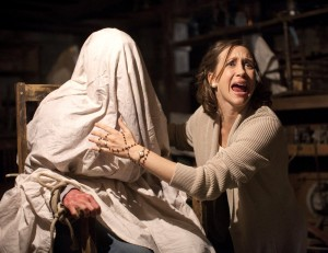 Conjuring_ Flick-Minute_2013 - Scariest-Film