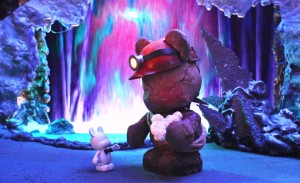 Blank_Waterfall _FlickMinute_Vinylmation